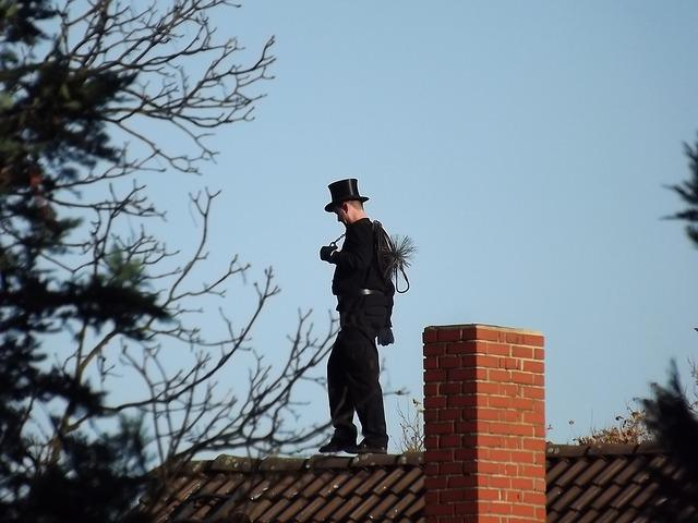 chimney-sweep-647678_640.jpg